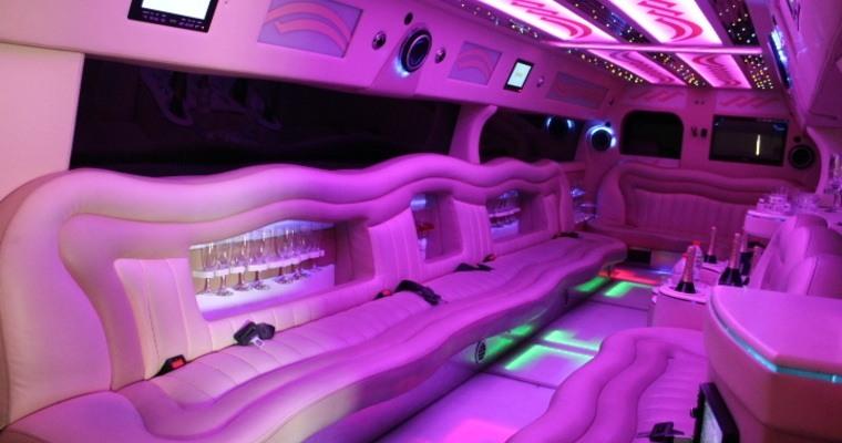 лимузина като луксозен транспорт
